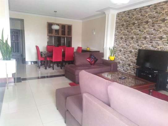 Lavington - Flat & Apartment image 9