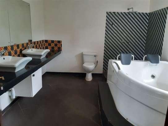 Furnished 6 bedroom house for rent in Karen image 4
