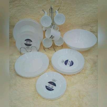Dinner Set image 1