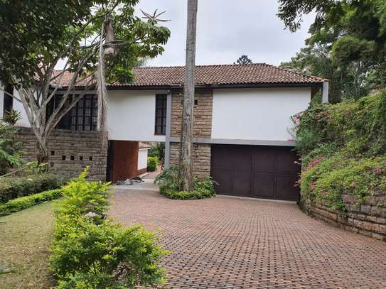 5 bedroom house in the suburb muthaiga image 1