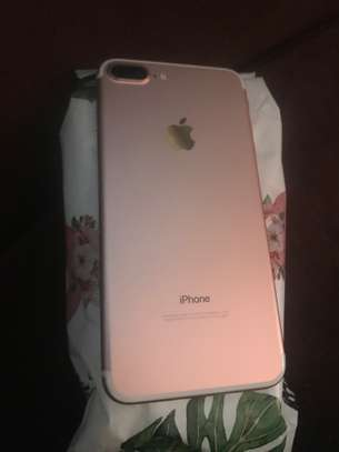 Iphone 7+, Rosegold, 128gb image 1