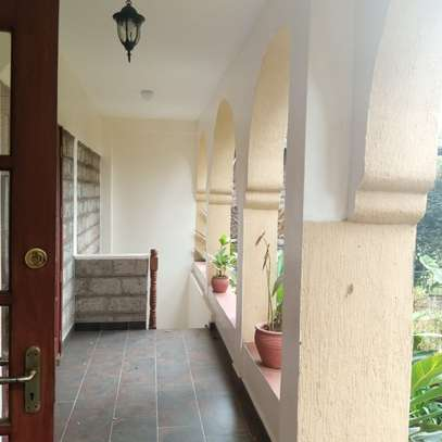 4 bedroom townhouse for rent in Lavington image 17