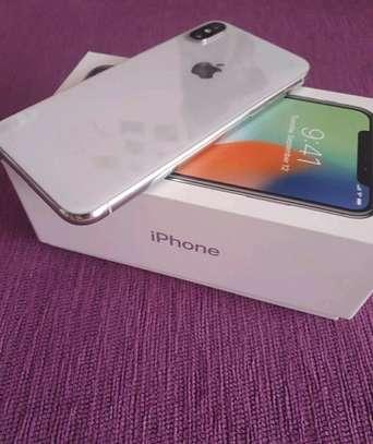 Apple Iphone x [ silver 256 Gigabytes ] image 1
