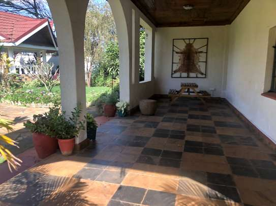 Furnished 6 bedroom house for rent in Runda image 9