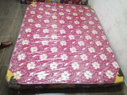 4*6*8  EXTRA HIGH DENSITY QUILTED MATTRESSES image 2