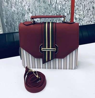 BEAUTIFUL CLASSY HAND BAG image 1