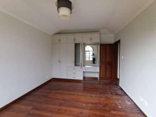 4 bedroom townhouse for rent in Runda image 14