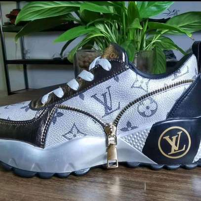 Ladies Shoe image 8