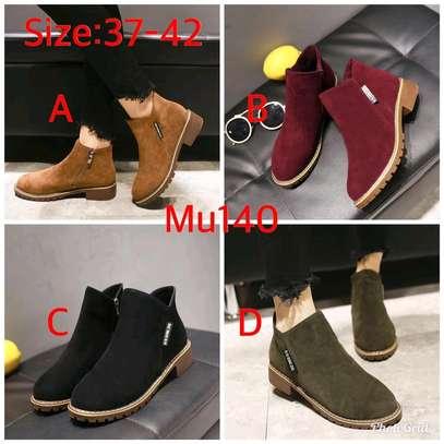 Ladies short ankle warm Velvet boots image 1