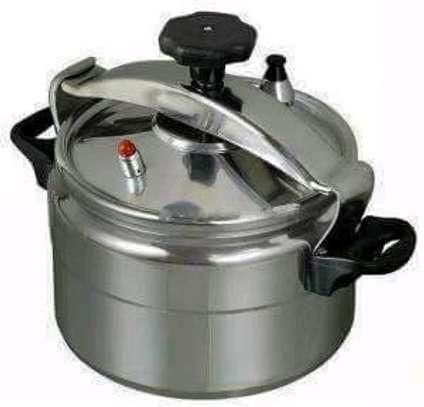 5litre Pressure cooker/Pressure cooker/Non explosive Pressure image 3