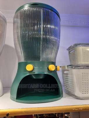 Automatic Cereal Dispenser Can Hold Upto 1kgs image 1