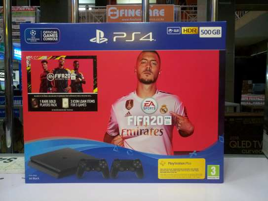 PS4 500GB SLIM FIFA 20 bundle with 2 controllers