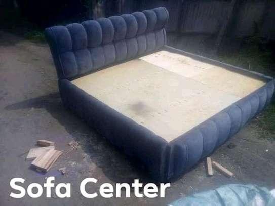 Stylish Modern Quality 5by6 Upholstered Hardwood Bed image 1