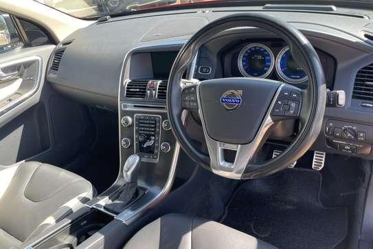 Volvo XC60 image 12