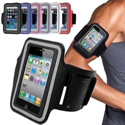 Universal phone arm band