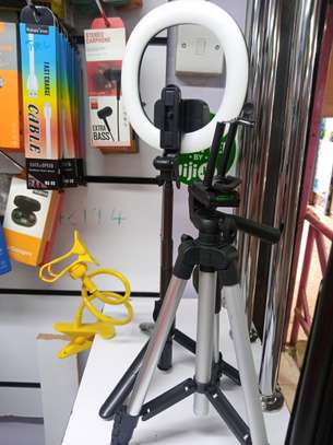Xt-18+ Ring Light,Selfie Stick And Tripod Stand. image 2
