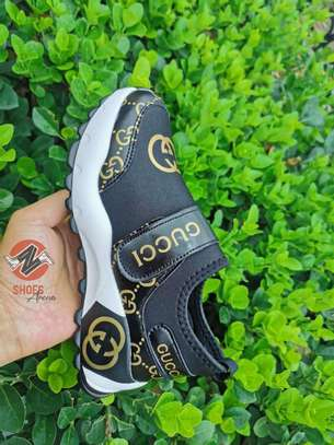 Latest Gucci sneakers image 6
