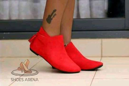 Treading comfy ankle boots image 1