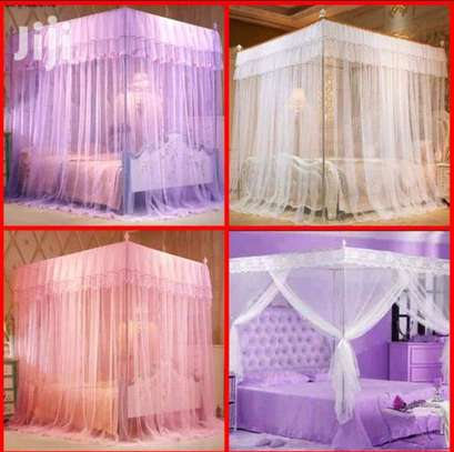 4 Stand Mosquito Nets image 1