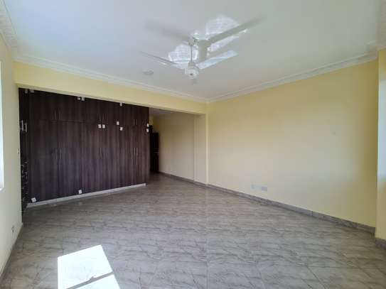 3 bedroom apartment for rent in Tudor image 9