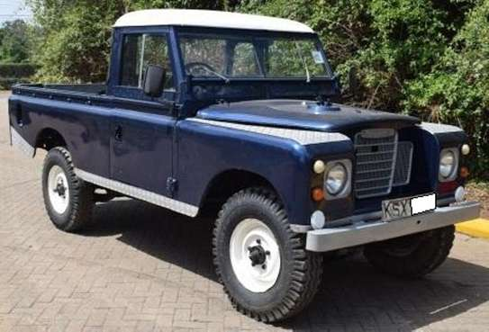 Land Rover 109 image 1
