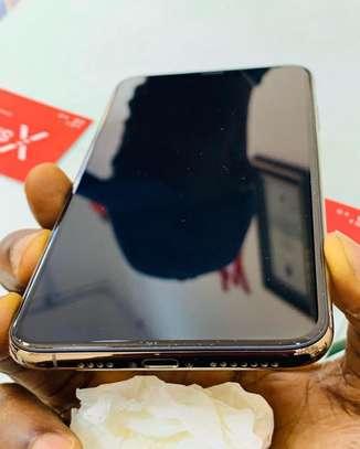 Iphone xs *256GB* *GOLD* image 3