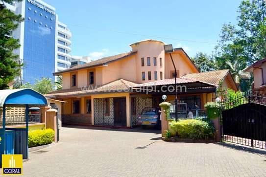 5 Bedroom Townhouse for Sale, Brookside Westlands