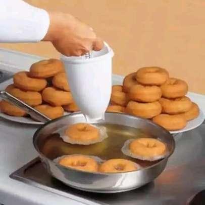 donut dispenser image 1