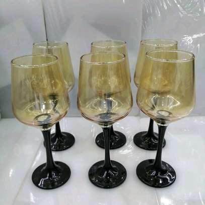 GOLD WINE GLASS image 1