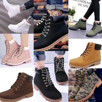 Ladies fashion boots image 1