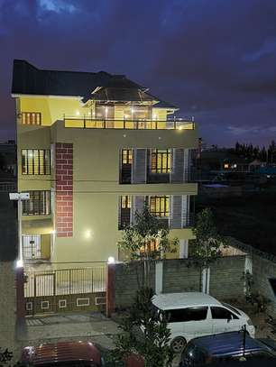 Luxury 4th Floor Building With Spacious Large Units image 15