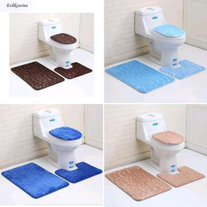 Bathroom mat /a set of bathroom mats image 1