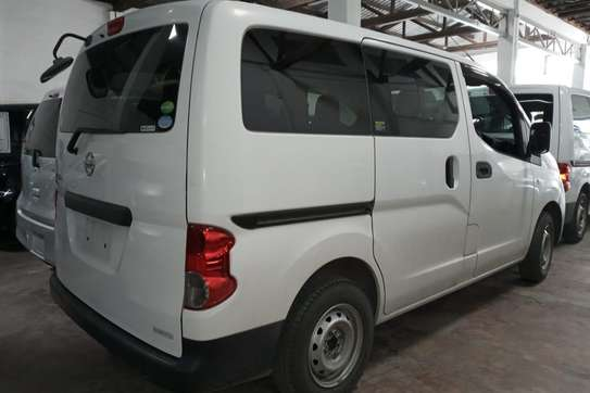 Nissan NV200 image 4