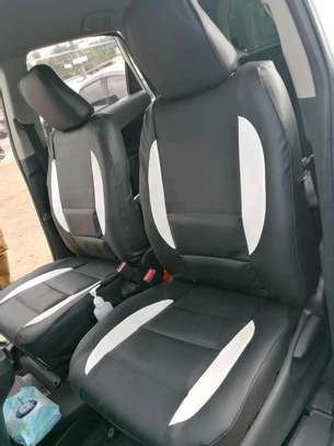 Hardy car seat covers image 1