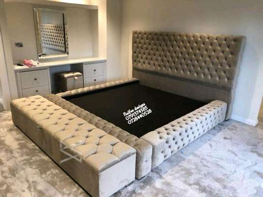 6*6 kingsize tufted beds for sale in Nairobi Kenya/6*6 grey beds for sale in Nairobi Kenya/storage puff/modern beds with storage puff image 1