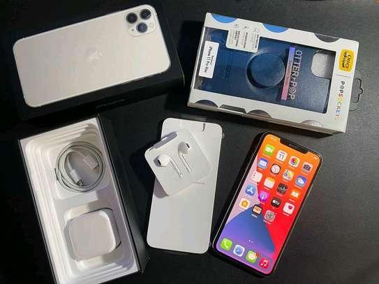Apple Iphone 11 Pro Max Silver [ 512 Gigabytes ] image 1