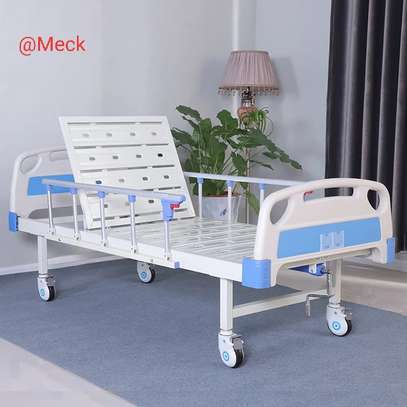 Single Crank Hospital Beds image 2