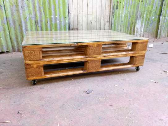 Pallet Coffee Table image 4