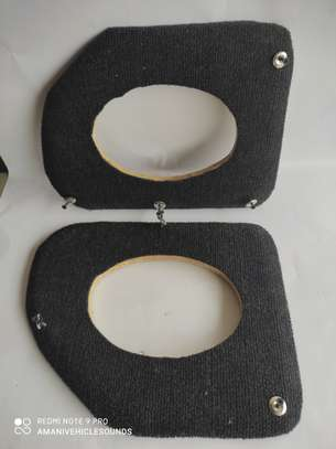 Oval 6 x 9 speaker spaces for probox/succeed vehicles. (Pair)