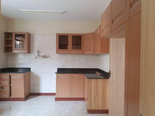 3 bedroom apartment + DSQ for rent in Kileleshwa image 6