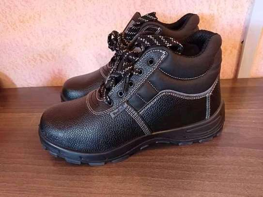 VAULTEX SAFETY BOOTS image 1