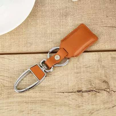 Smart Bluetooth Leather Key Holder image 3