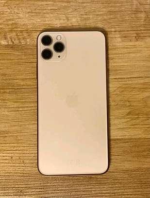 Iphone 11 pro max (original) image 3