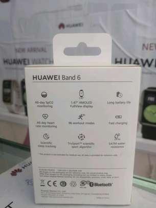 Huawei Band 6 image 2