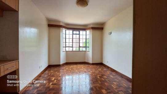 4 bedroom apartment for rent in Rhapta Road image 11