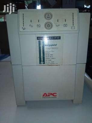 APC Smart UPS image 1