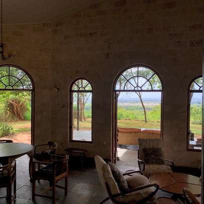 3br villa with two SQ rooms for rent in Vipingo Ridge. Hr18 image 4