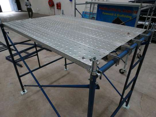 scaffolding frames ladders for hire. image 1