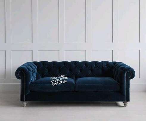 Three seater chesterfield sofa/chesterfield sofas/three seater sofa image 1