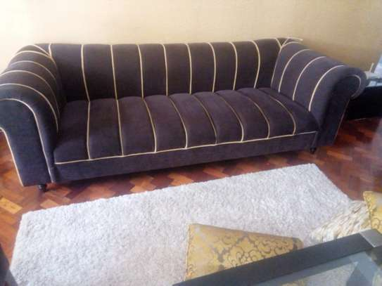 Chesterfiel sofa set image 1